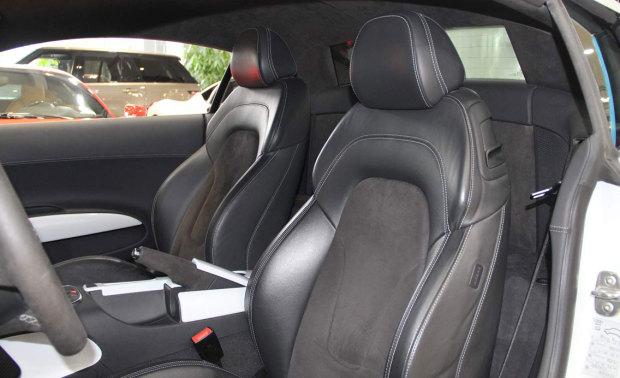 奥迪 R8 Coupe 5.2FSI 序列变速 Quattro限量版